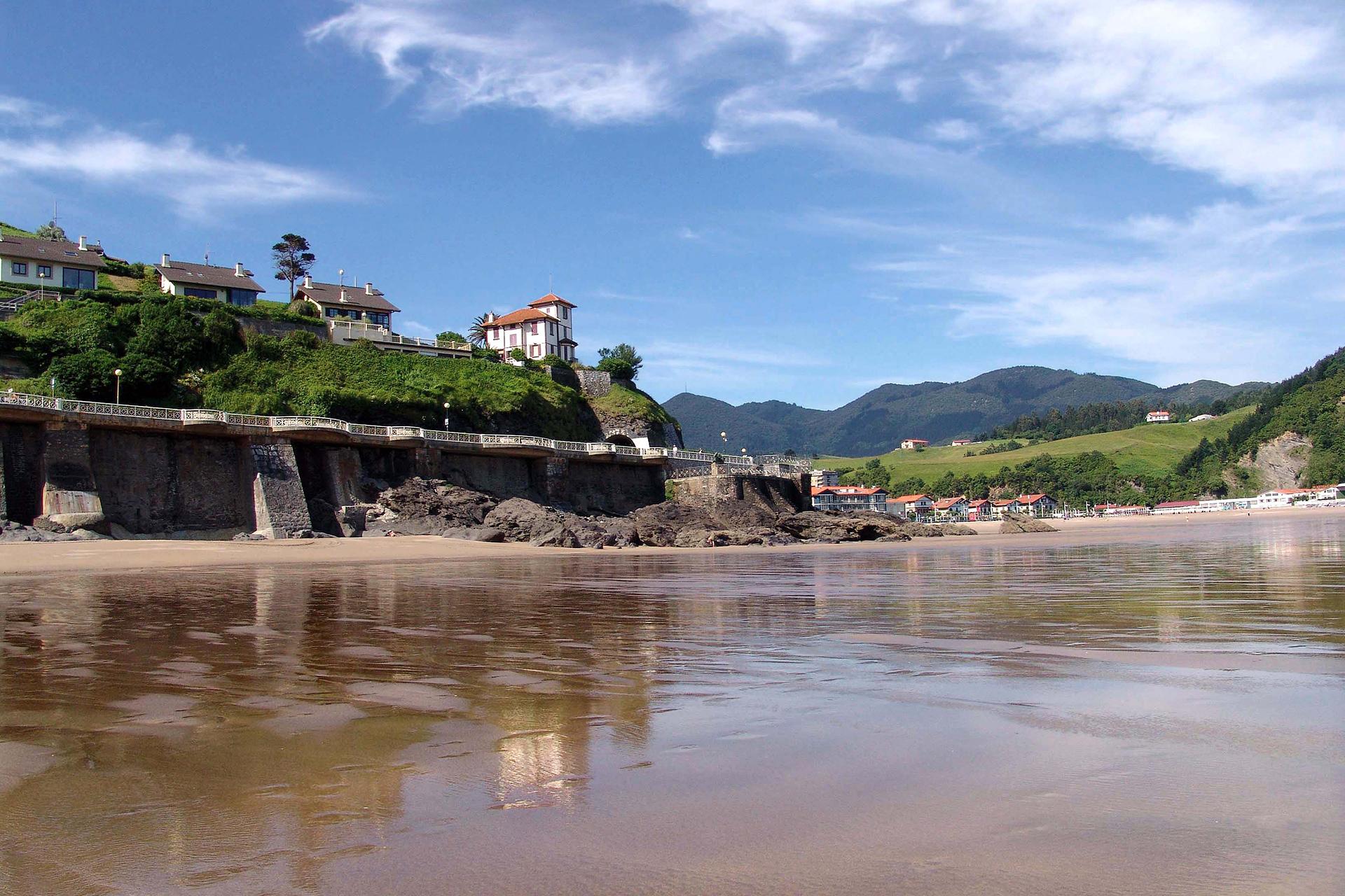 Playa de Deba, Pensión Zumardi Pentsioa, Deba (Gipuzkoa)
